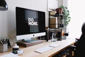 Aumente la productividad de su desarrollo de iOS con AppCode.  |  de divine dube |  Notable